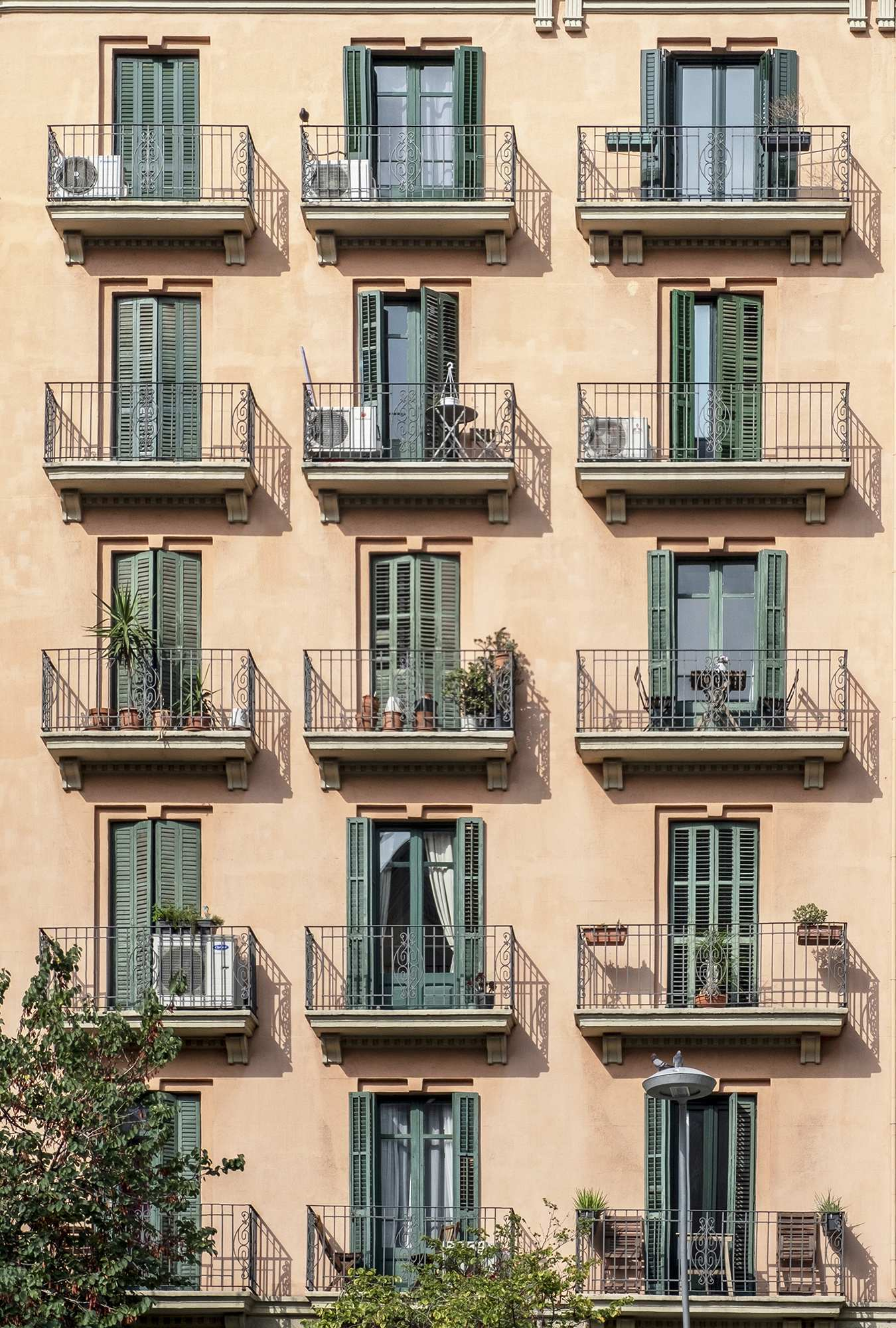 Barcelona typical facades - @msubirats