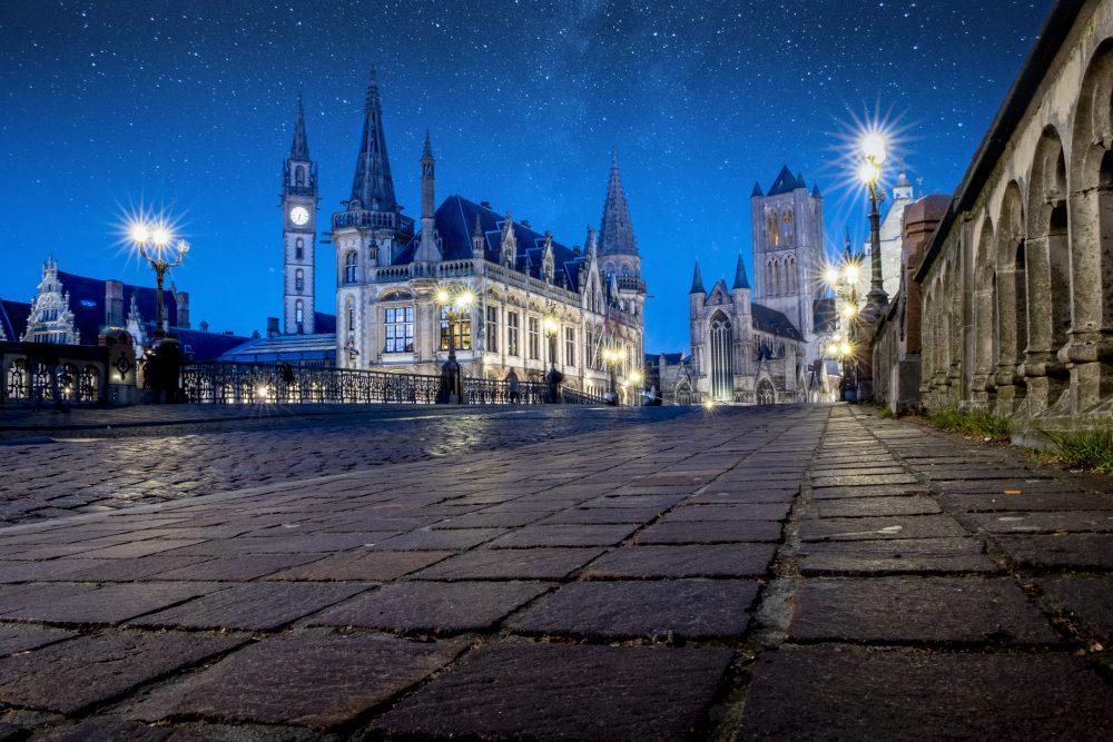Las tres torres de Gante desde el puente de San Miguel